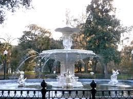 Forsyth Park Fountain, wikimedia commons