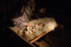 Jesus in a manger, www.garylellis.org