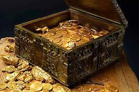 treasure chest full of gold, www. historyinorbit.com