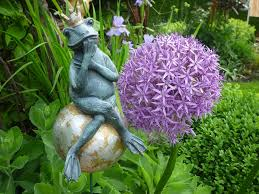garden frog decoration, pixabay