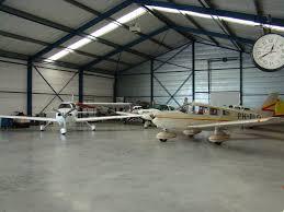 Teuge hangar, wikimedia commons